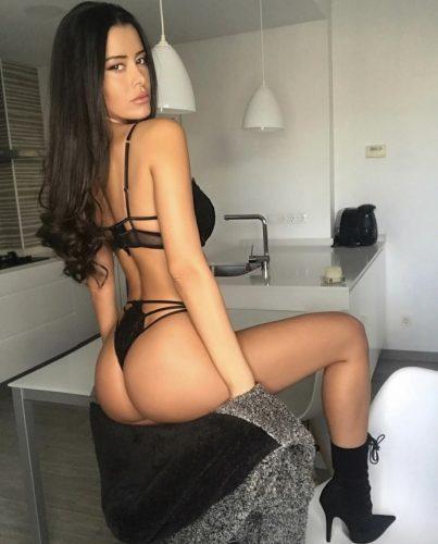 Seks kraliçası masaj yapan kız Gülhanim